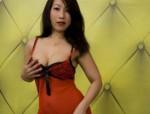 Dieses süße bildhübsche Thai-Girl ist erfahr