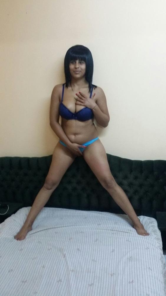 Fettreiche schwarze Porno-Bilder