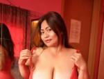 Die 28 jährige süße Thaimaus ist erot. 1,60